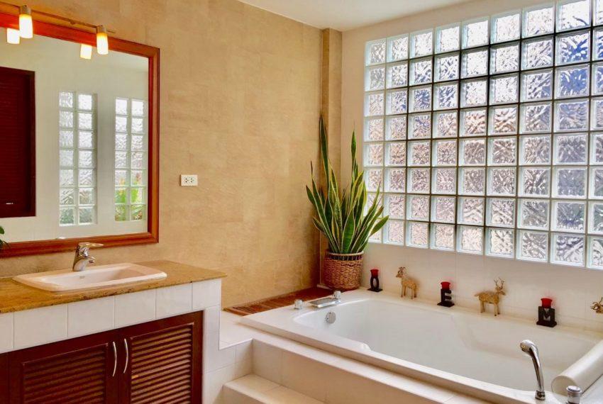 Moobaan Promitr Villa 39-bathroom-rent-sale