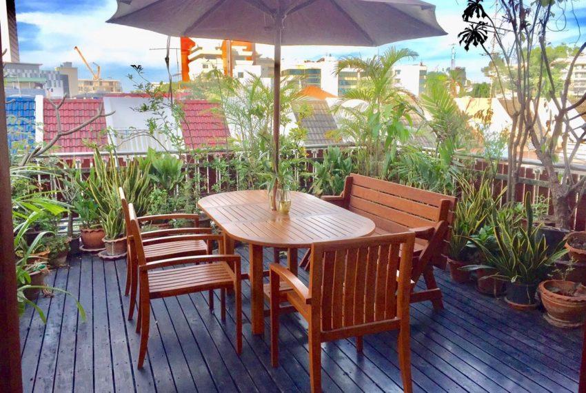 Moobaan Promitr Villa 39-garden-rent-sale