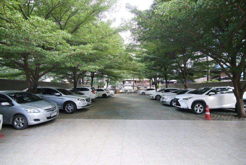 My-Resort-parking-area