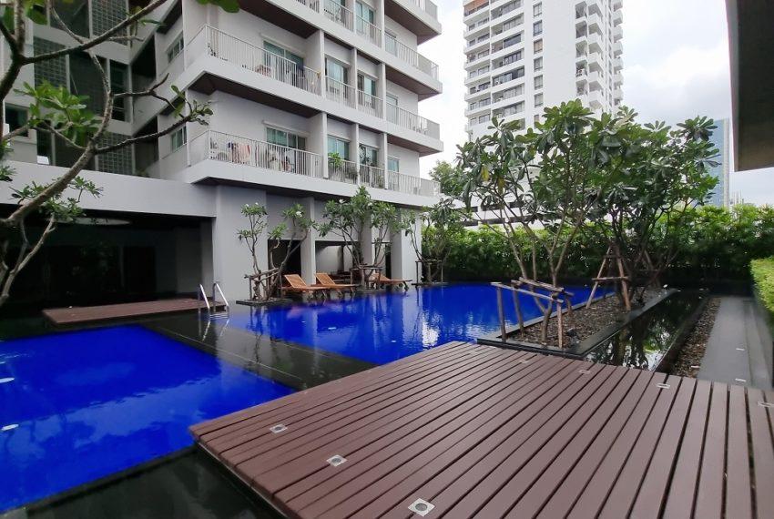 Noble Ora - pool
