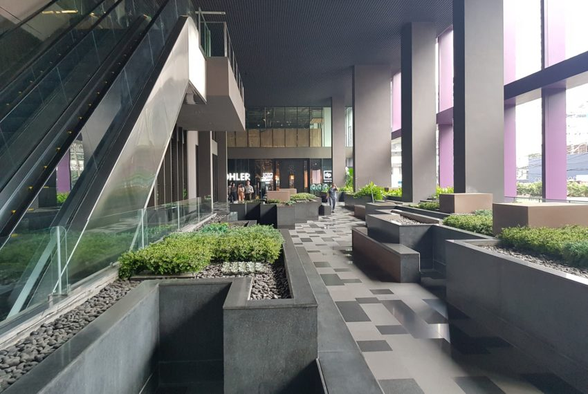 Noble-Remix-Thonglor-Access-lobby1