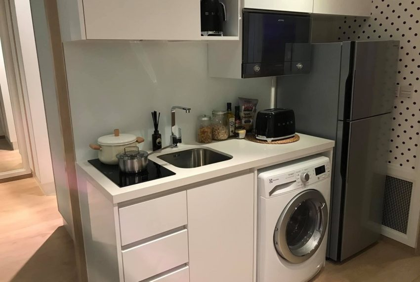 Noble be 19- 1 bed 1 bath-kitchen