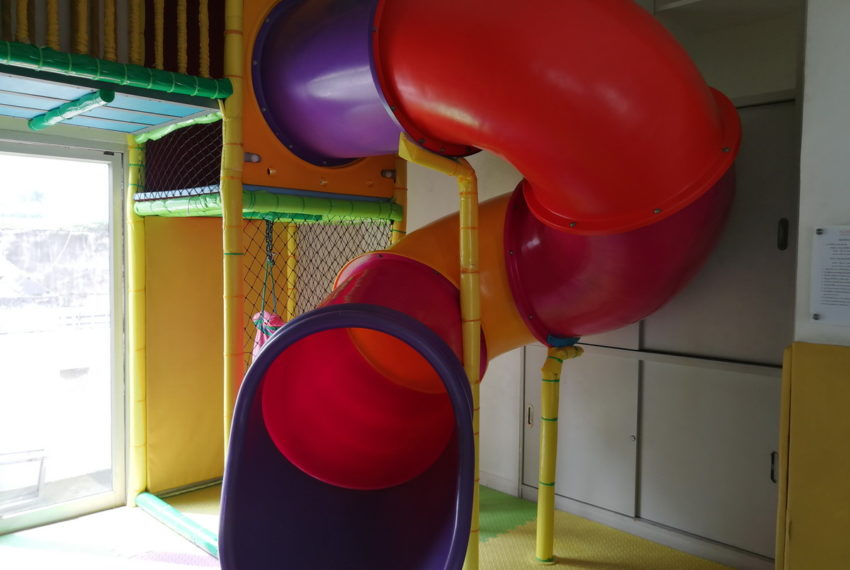 NobleOra_2b2b_BuildingY_Playground