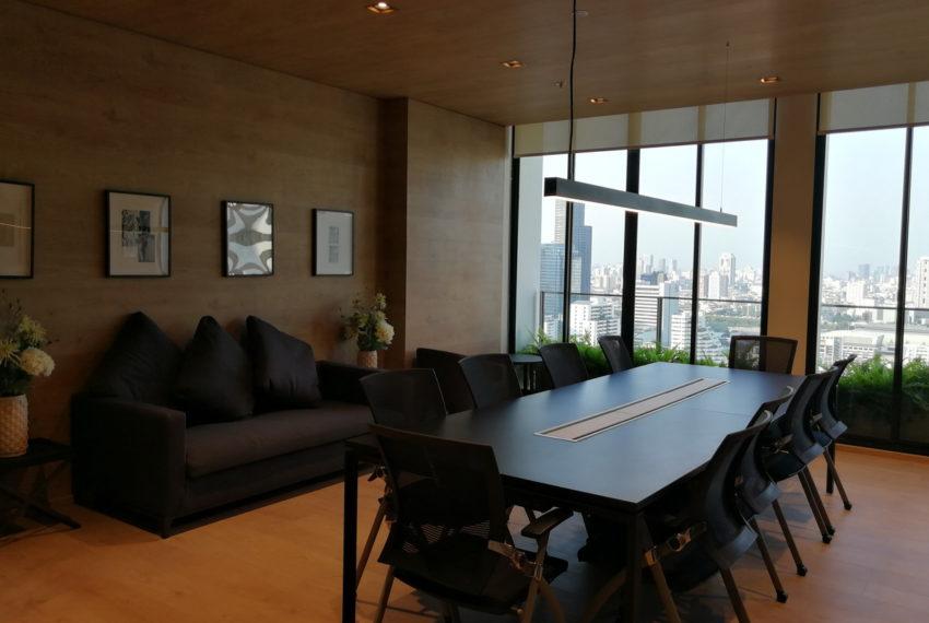 NoblerRecoleSukhumvit19_Meetingroom