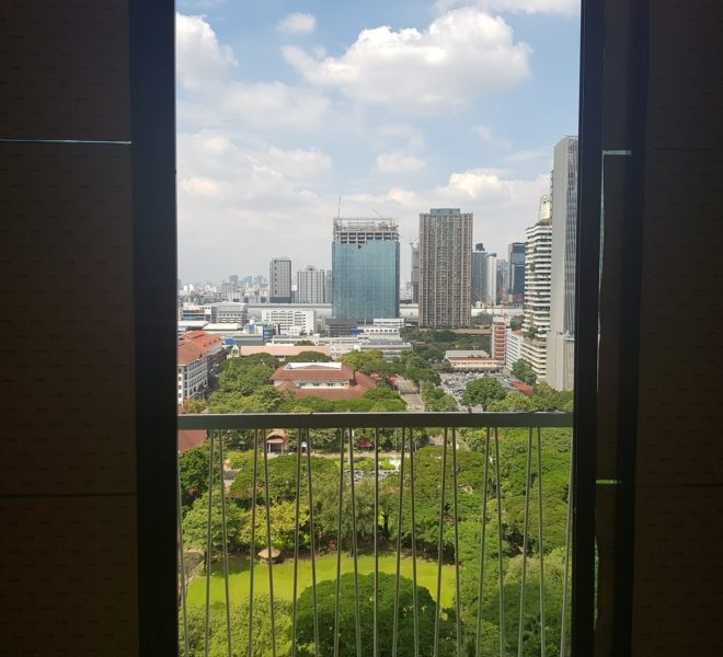 Foreign quota 2-bedroom condo for sale near BTS Asoke - Noble Recole