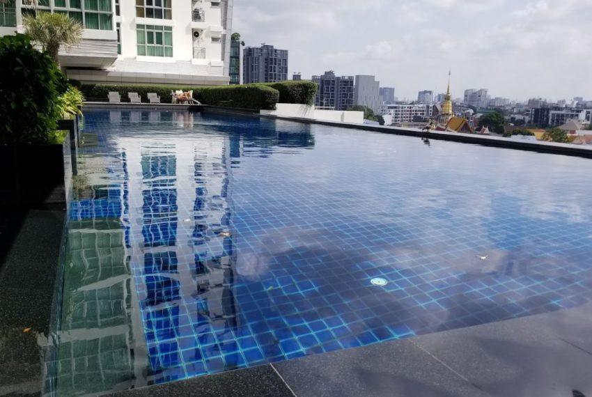 Nusasari Grand Condo Sukhumvit 42 - infinity pool