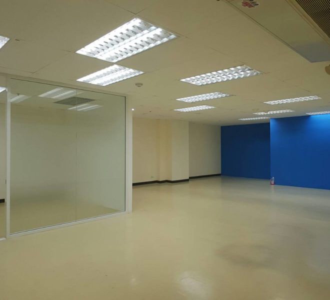 Office For Rent in Asoke in The Trendy Plaza - Great Deal