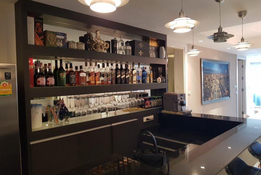 Oleander Sukhumvit 11 - 1bedroom pool view - bar