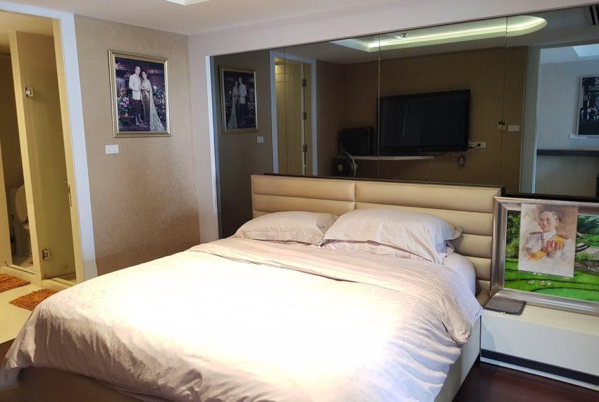 Oleander Sukhumvit 11 - 1bedroom pool view - bedroom