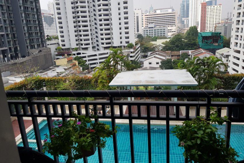 Oleander Sukhumvit 11 - 1bedroom pool view - pool view