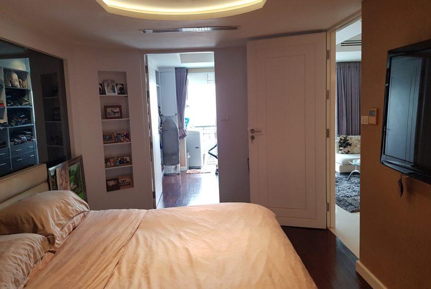 Oleander Sukhumvit 11 - 1bedroom pool view - storage room