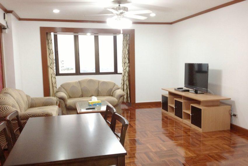 Omni-Tower-3-bedroom-sale-flat-TV