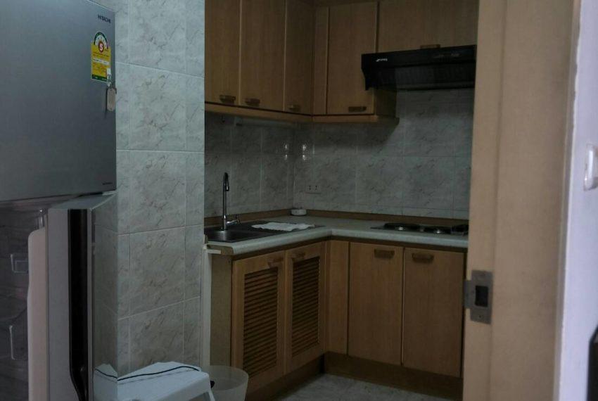 Omni Tower Nana Sukhumvit 8 3b3b sale - kitchen