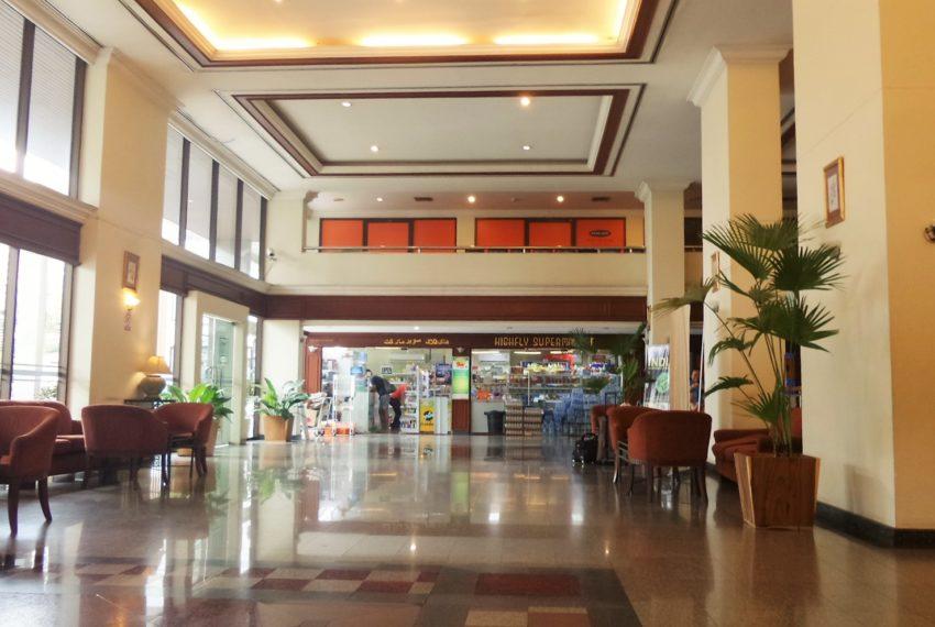 Omni Tower Nana Sukhumvit - lobby