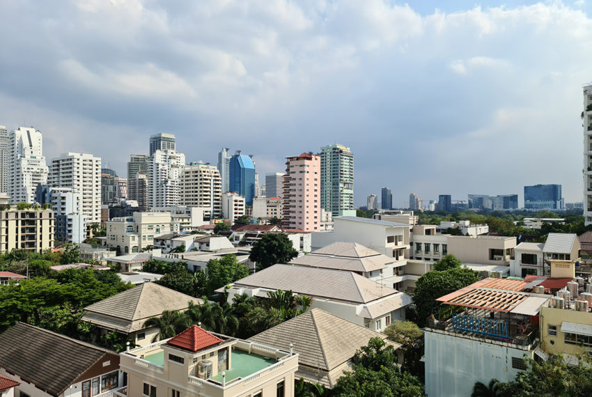 Omni Tower - Nana view