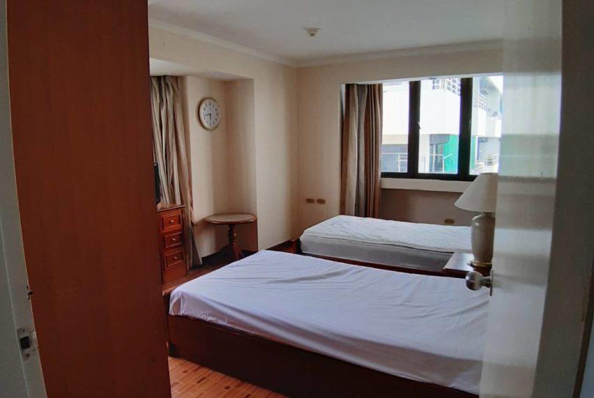 Omni Tower Sukhumvit Nana - 2 bedroom - sale - beds