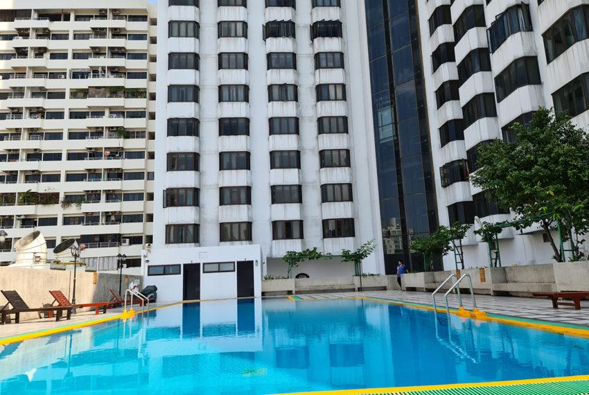 Omni Tower - pool 2