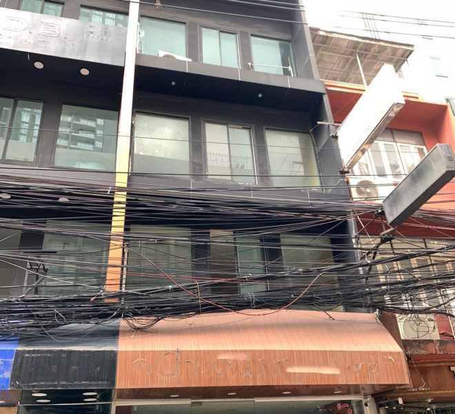 Commercial building for rent near Nana BTS - 4-story
