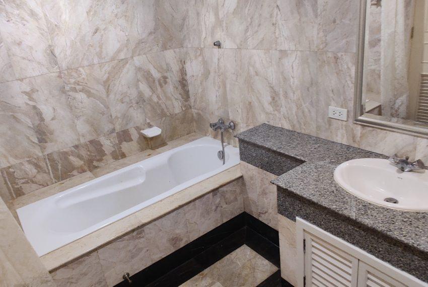 PRIME MANSION PROMSI-bathroom-rent2
