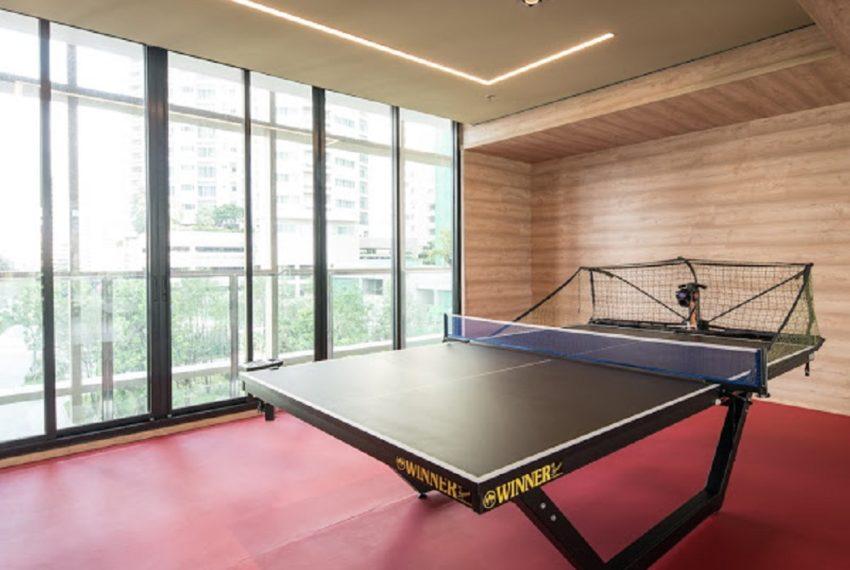 Park 24 condominium in Phrom Phong - table tennis