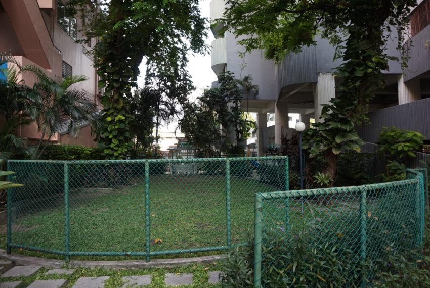 Premier Condominium Sukhumvit 24 - garden