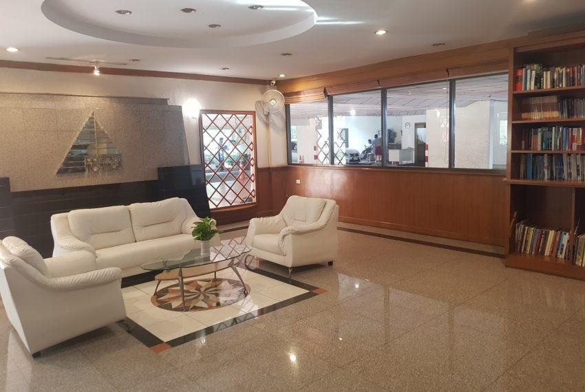 Prestige Towers Sukhumvit 23 Condominium - lobby