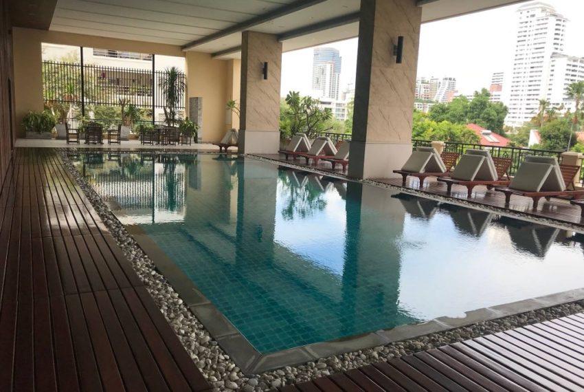 Prime Mansion Sukhumvit 31 - pool area