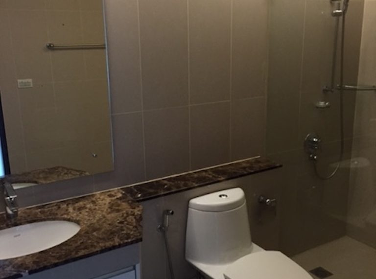 Prime-Sukhumvit 1-2-bedroom-sale-Common Bathroom