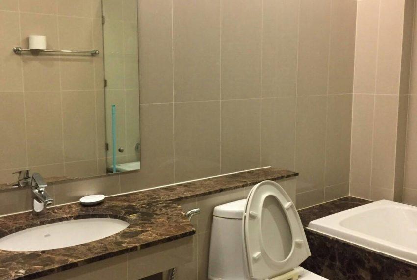 Prime Sukhumvit 11 - toilet 02