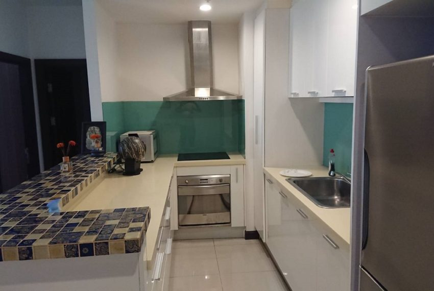 Prime11_2b2b_kitchen1