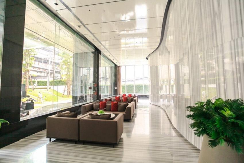 Pyne by Sansiri condominium - lobby