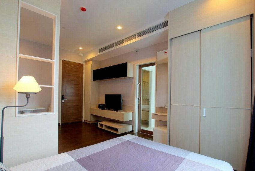 Q-Asoke-1-bedroom-sale-high-floor-bedroom