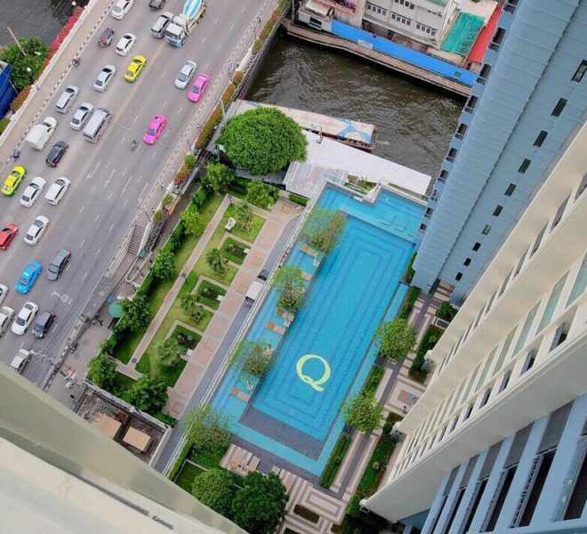 Sale Condo Pool View in Q Asoke - 1-Bedroom on High-Floor