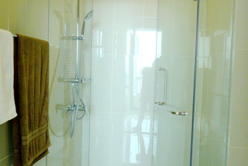 Q Asoke- 1b1b- For rent-bathroom 03