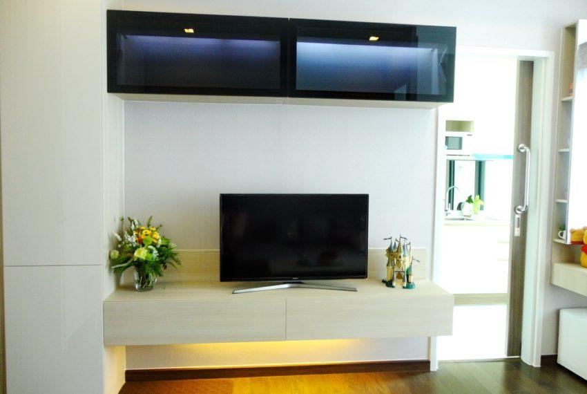 Q Asoke- 1b1b- For rent-tv kitchen01