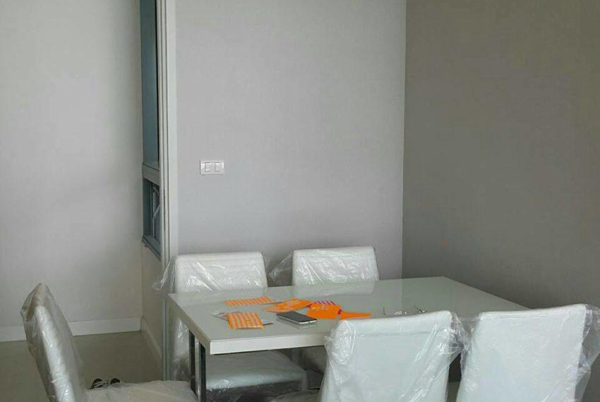 Q-Asoke-2-bedroom-46sqm-sale-high-floor-dinning