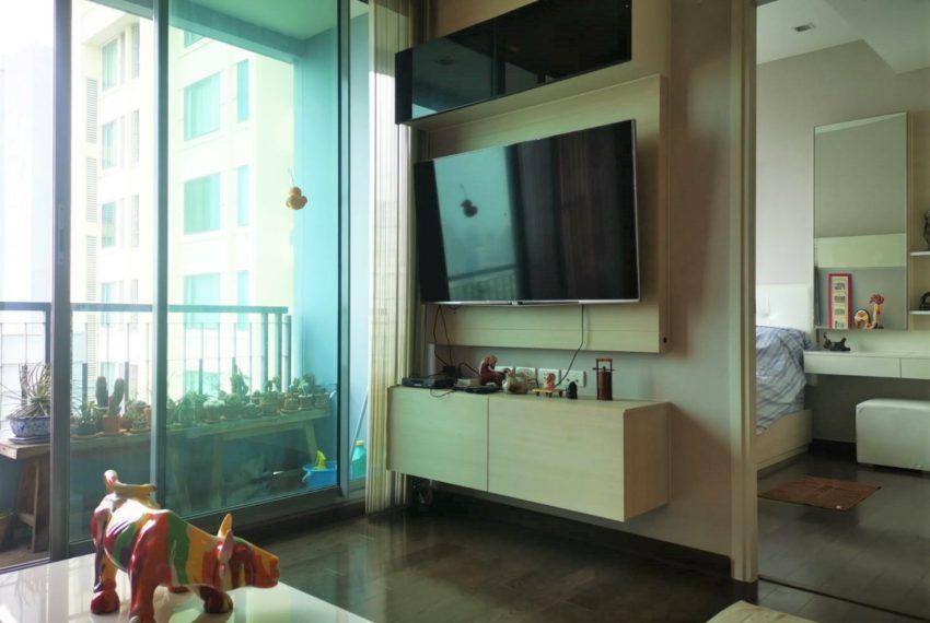 Q Asoke - 2 beds 1 bath -For Sale - Living room 2