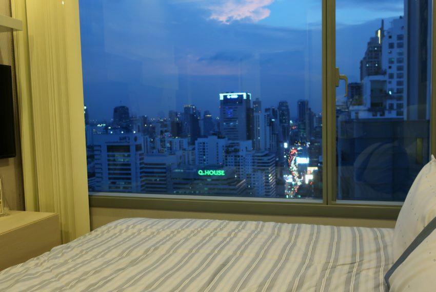Q Asoke - 2 beds 1 bath -For Sale - Master bedroom 1