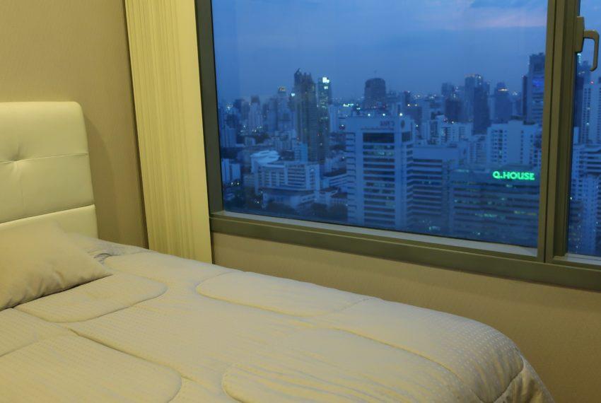 Q Asoke - 2 beds 1 bath -For Sale - Master bedroom 2