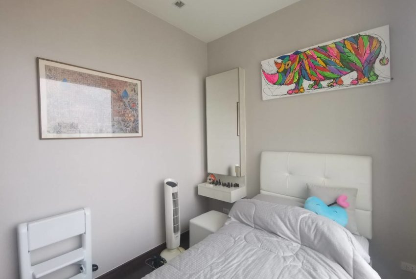 Q Asoke - 2 beds 1 bath -For Sale - Secound bedroom