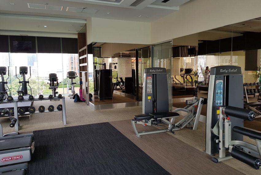Q Asoke Condominium - fitness