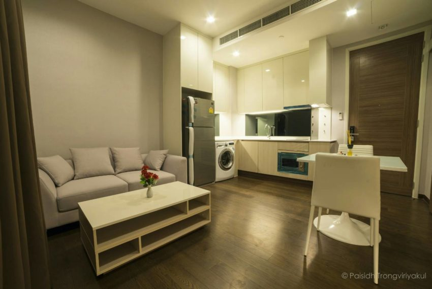 Q-Asoke-Low-Floor-Sell-With-Tenant-living Area