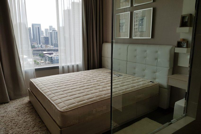 Q Asoke condo for sale 2-bed 2-bath bedroom 01