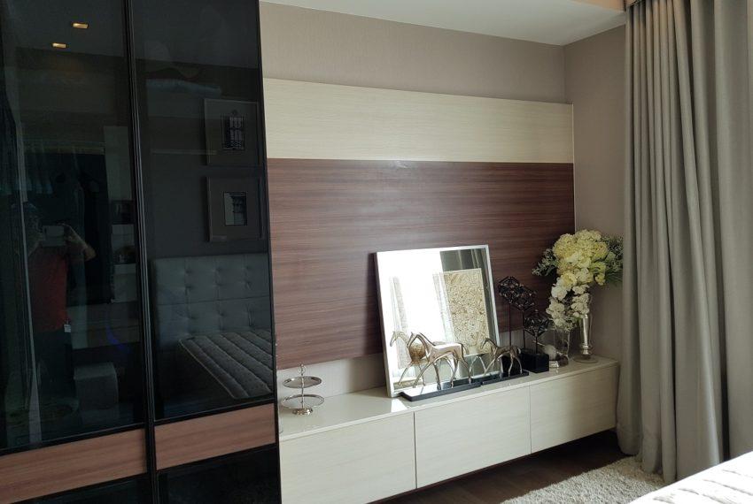 Q Asoke condo for sale 2-bed 2-bath bedroom 02