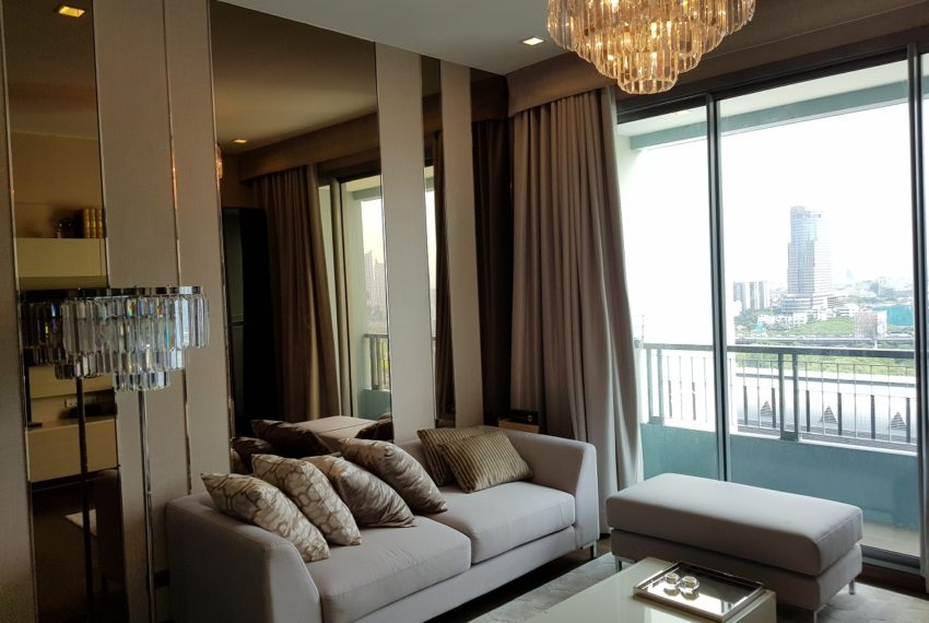 Q Asoke condo for sale 2-bed 2-bath living room