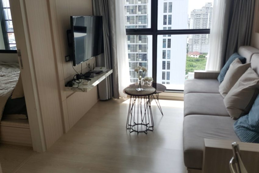 RHYTHM ASOKE -LIVING AREA