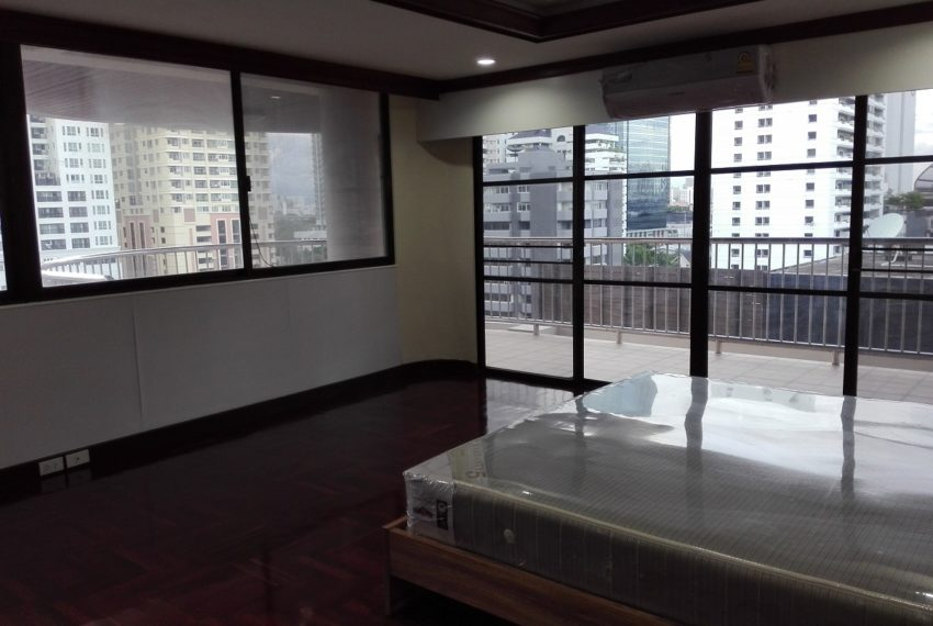 RISHI COURT Tower AB bedroom 4-rent
