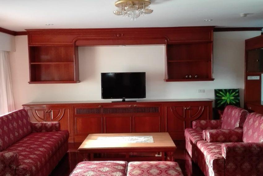 RISHI COURT Tower E living room-rent