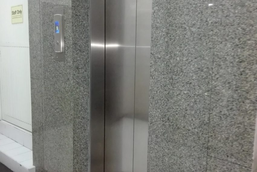 RISHI COURT elevator-rent