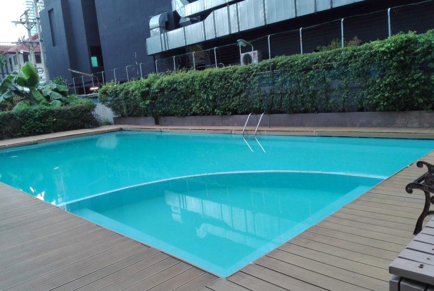 RISHI COURT swimming pool-rent